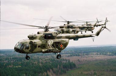 На границе Крыма кружат российские вертолеты