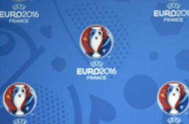 Сборная Украины лишь за участие в Евро-2016 получит 8 млн евро