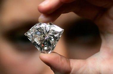 У нью-йоркского ювелира из сейфа украли алмазы на миллионы долларов