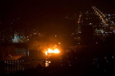 """Пожар в киевском ресторане """"Млын"""" в Гидропарке ликвидирован"""