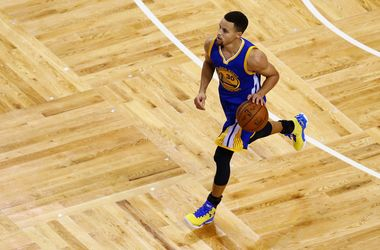 Чемпион НБА одержал 24-ю подряд победу со старта нового сезона
