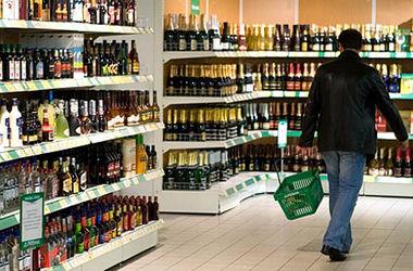 Алкоголь, пиво и сигареты в Украине могут сильно подорожать