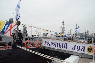 Россия перебросила в Крым корабли с новейшими ракетными комплексами