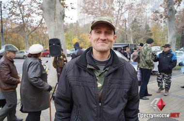 """Российского актера, который сражается за статус беженца в Украине, считают """"карателем"""""""