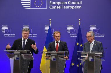 Порошенко: Украинцы кровью заслужили безвизовый режим