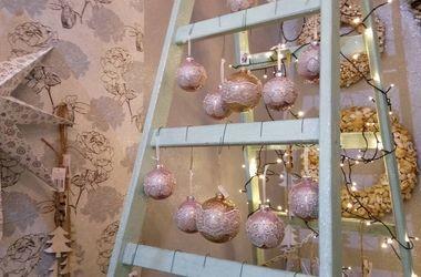 Как стильно украсить квартиру к Новому году