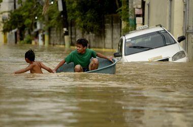 Мощное наводнение на Филиппинах убило 35 человек