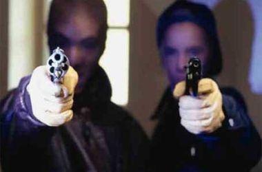 В Одессе со стрельбой ограбили ювелирный магазин