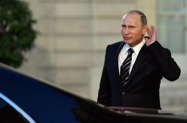 """ЕС нанес очередной """"удар"""" по России: санкции продлили на полгода"""