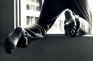 На Буковине студент разбился, сорвавшись из окна общежития