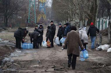 В Минске договорились о полном прекращении огня на Донбассе