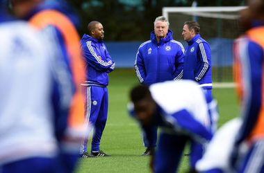 """Гус Хиддинк провел первую тренировку """"Челси"""" после своего возвращения в клуб"""