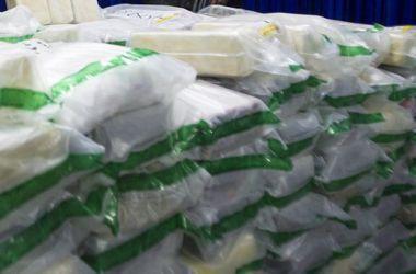 В Нидерландах задержали четверых мужчин, пытавшихся ввезти в страну тонну кокаина