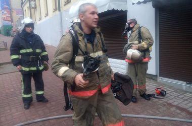 В центре Киева утром загорелся цветочный магазин