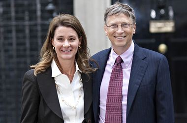 Билл Гейтс и его супруга заняли первое место в списке самых состоятельных супружеских пар в мире