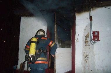 Ночью в Киеве на пожаре погиб мужчина