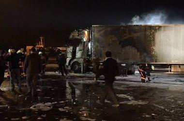 Подробности взрыва украинского грузовика в Стамбуле: в здании вокзала начался пожар