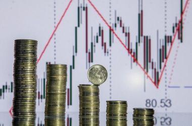 Курс доллара в России взлетел до рекорда 1998 года