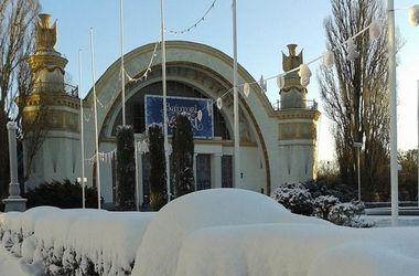 В Киеве нашли место со снежными сугробами и настоящей зимой