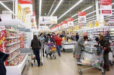 Кризис заставил россиян перейти на дешевые товары