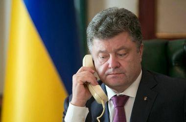 Порошенко потребовал от Путина отпустить Савченко и Сенцова