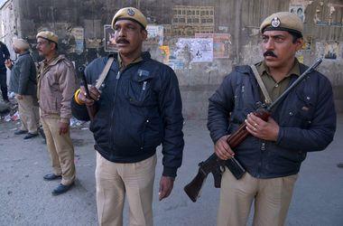 В районе авиабазы в Индии вновь началась стрельба