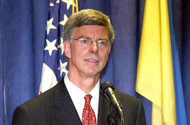 Экс-посол США назвал 3 новых главных вызова, которые ждут Украину в 2016 году