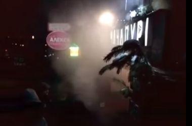 В центре Киева пылает ресторан