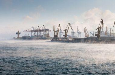 В Одессе из-за резкого похолодания над морем образовался пар