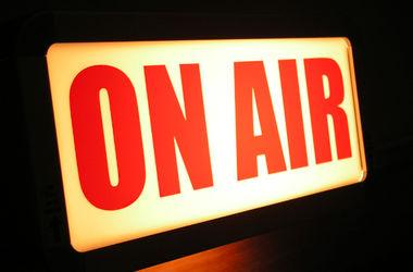 В Украине могут исчезнуть радиостанции, которые не транслируют песни на украинском языке
