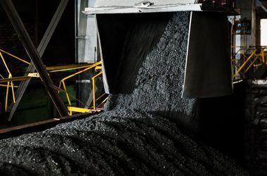 """На украинских ТЭС растут запасы угля - """"Укрэнерго"""""""