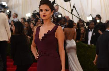 Модели Victoria's Secret вынудили Селену Гомес сесть на диету