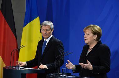 Меркель заговорила о депортации после массовых нападений на женщин в Кельне