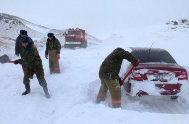 В Одесской области из снежного плена спасли 7 человек