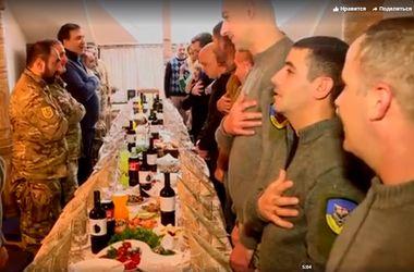 Саакашвили отметил Рождество с грузинскими бойцами, которые защищают Украину
