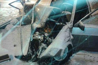 В Харькове пьяный лихач врезался в снегоуборочную машину: погибла 17-летняя девушка