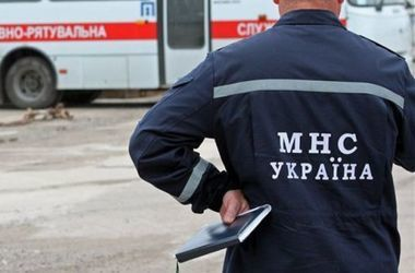 Трагедия в Николаевской области: ребенок погиб, застряв между шкафом и столом