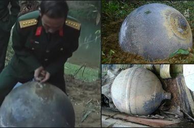 Первые подробности о рухнувших с неба неизвестных металлических шарах во Вьетнаме