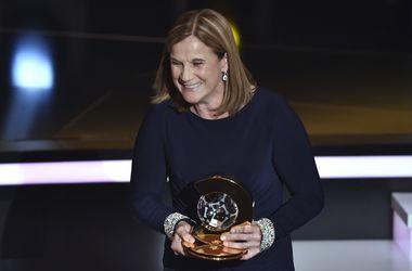 Тренером года в женском футболе стала Джилл Эннис