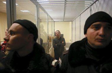 Адвокаты требуют, чтобы Корбана судили не в клетке