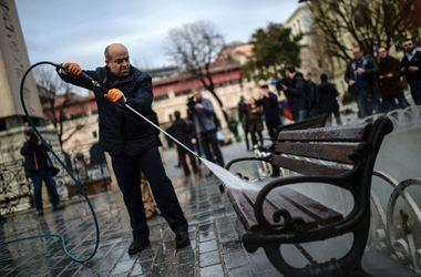 Место теракта в Турции отмыли от крови