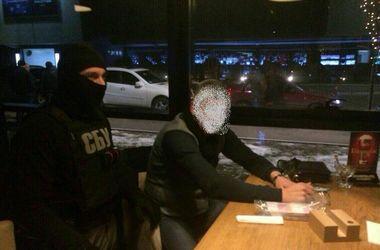 В Украине задержали двух голландцев при попытке сбыть 1 млн поддельных евро