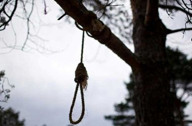 В парке Тернополя нашли мертвым 18-летнего парня