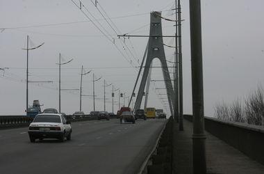 Оба самоубийцы с киевских мостов были молодыми киевлянами - 30 и 21 года
