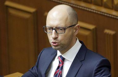 Яценюк созывает совет по курсу доллара в Украине