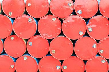 Иран вслед за Саудовской Аравией снижет цены на нефть для Европы