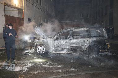 На Закарпатье сожгли машину экс-главы областного совета