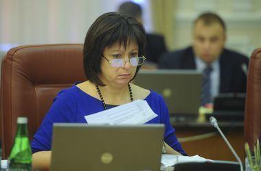 МВФ пока не требует от Украины повышать пенсионный возраст – Яресько