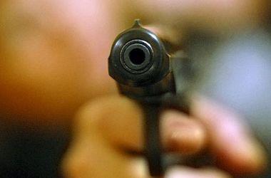 В Киеве неизвестные обстреляли машину коммунальщиков
