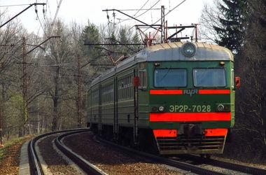 В Киевской области электричка убила женщину